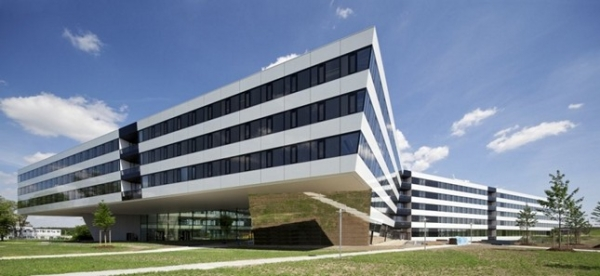 The headquarters of Adidas in Germany by KINZO