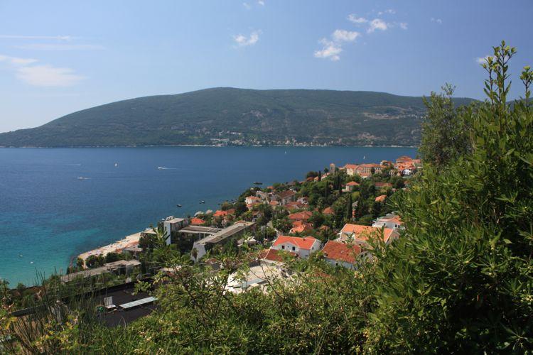 In Herceg Novi offer tourists discount card